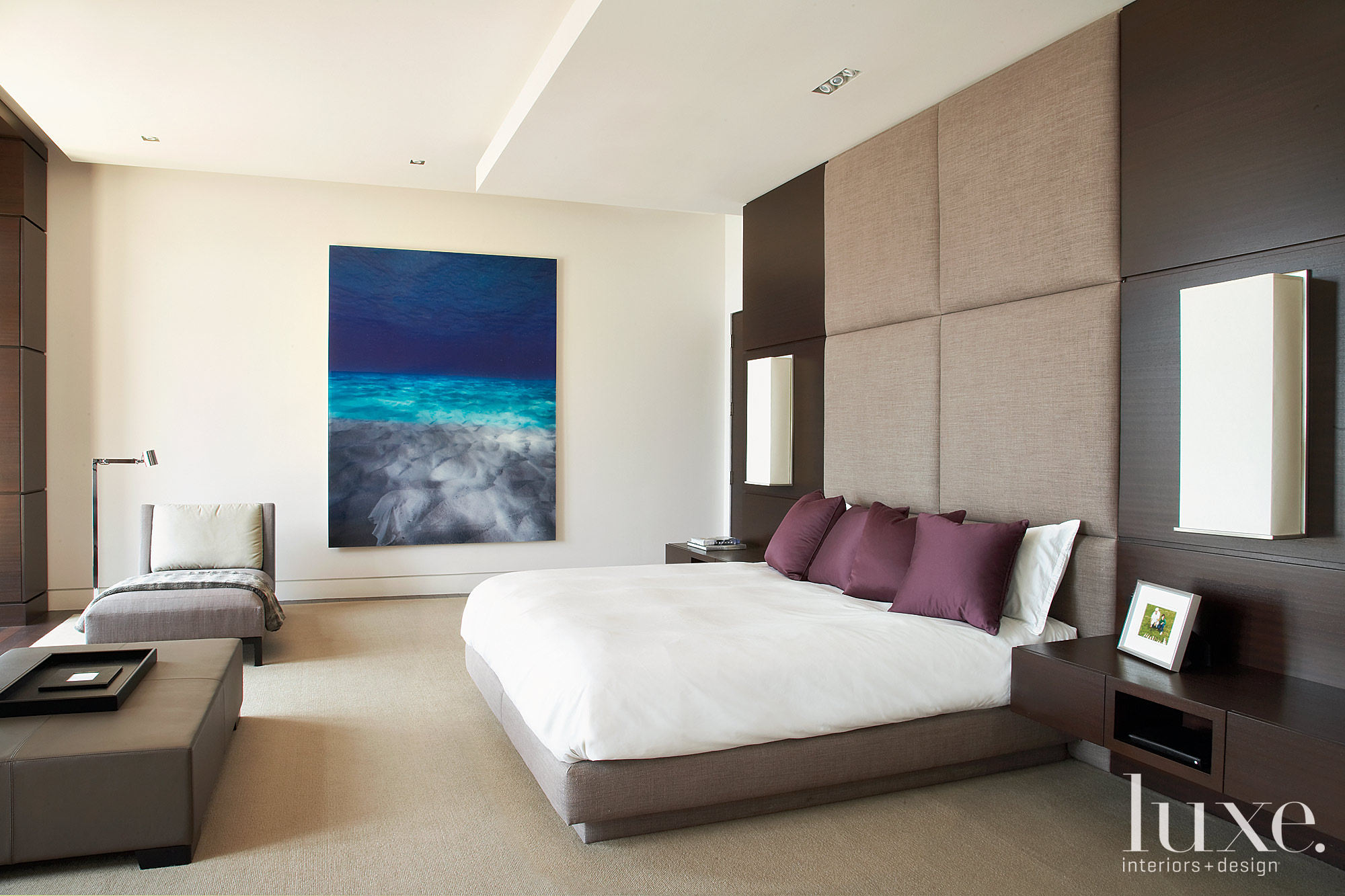 modern bedroom with lounge area