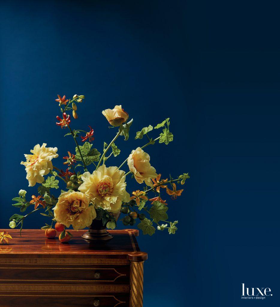 How Luxury Shines Through Artful Floral Arrangements
