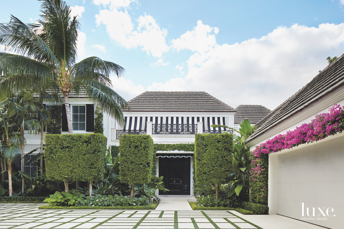 contemporary exterior landscaping driveway