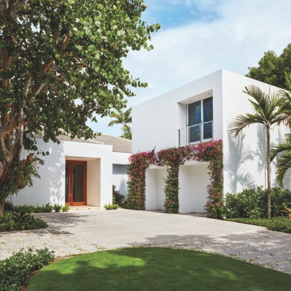 A Tropical Home Melds Florida Style & Island Ease