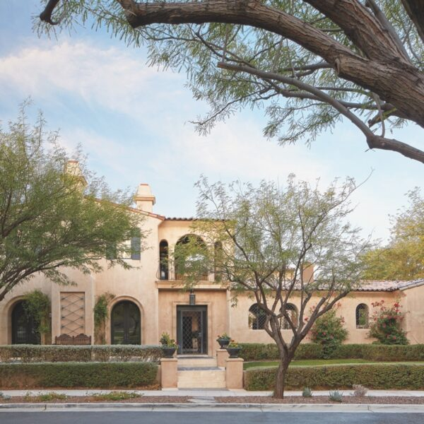 Multiple Styles Harmonize In A Scottsdale Home