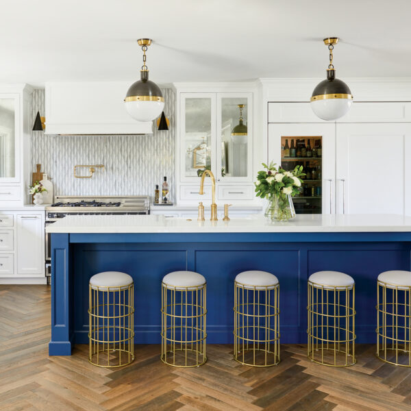 A Modernist House With Regency Details Dazzles