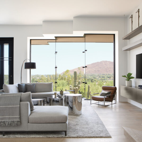 A Team Delivers A Stunning Redo Of An Arizona Abode