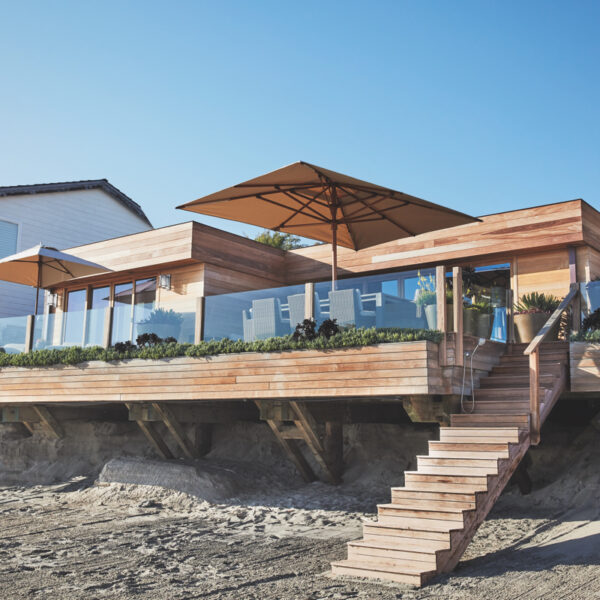 In Malibu, Japanese Elements Meet Beachfront Living