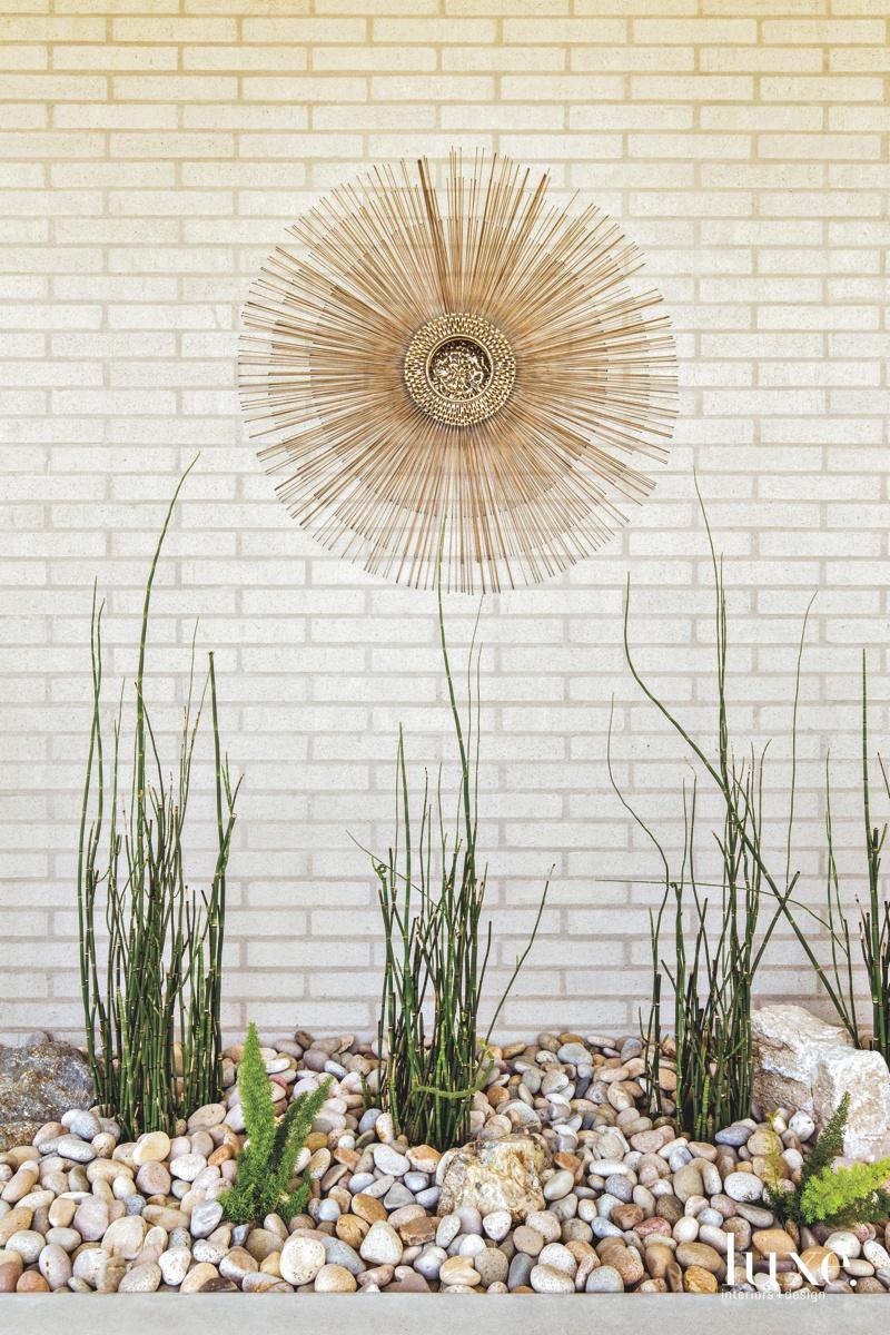 exterior landscape sculpture