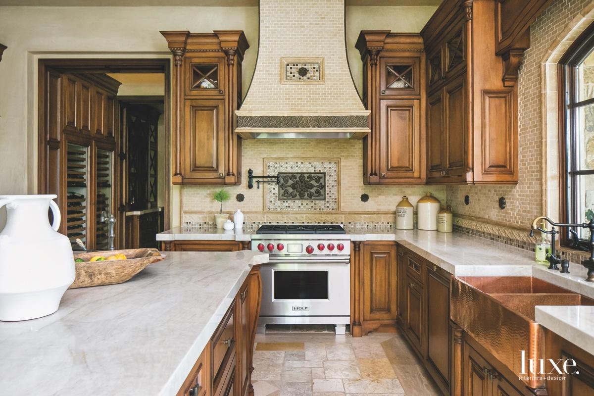 mediterranean kitchen farmhouse-style sink limestone...