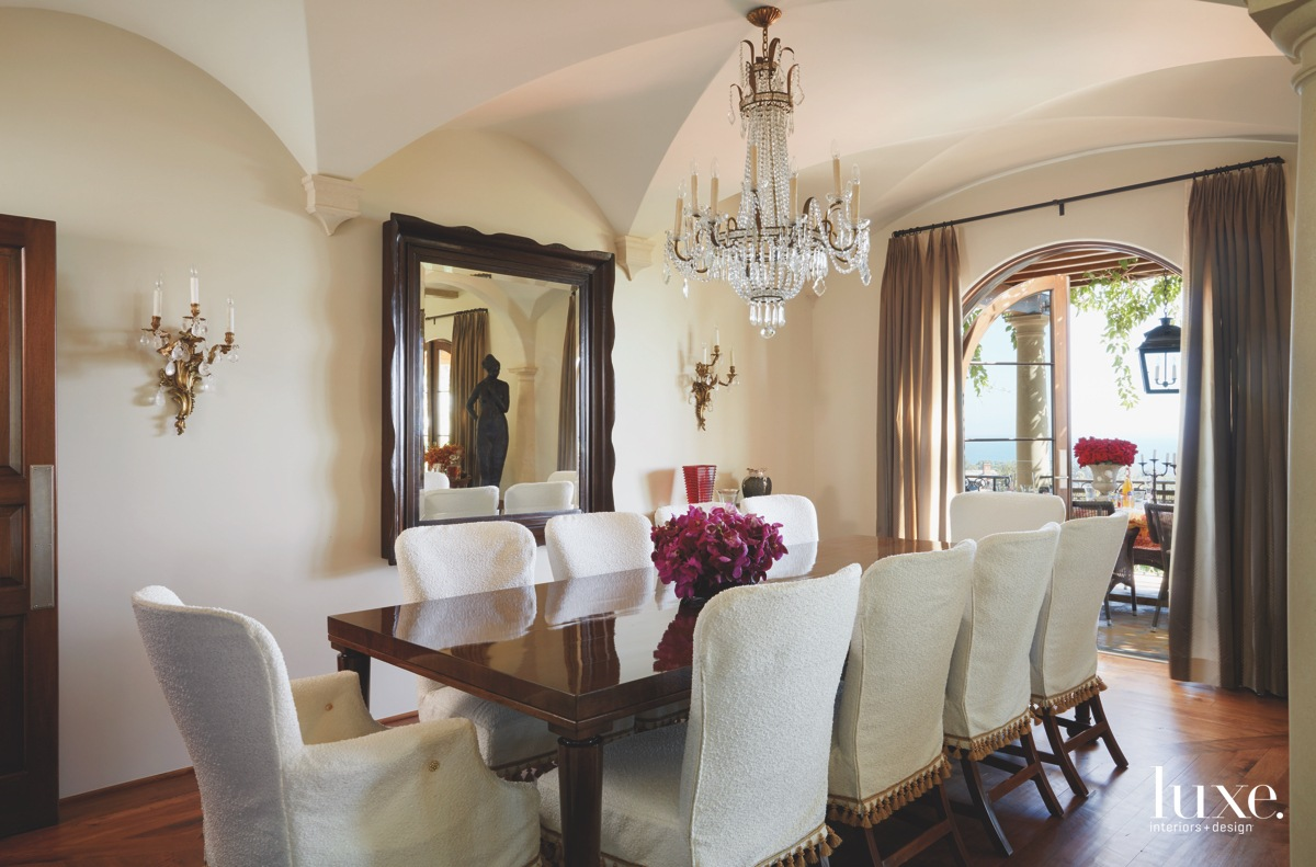 traditional neutral dining room antique...