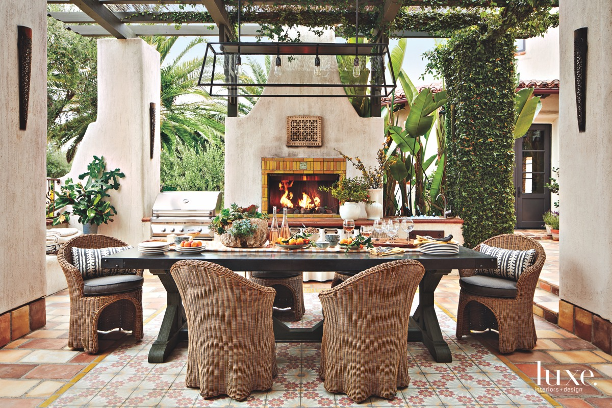 transitional outdoor dining room fireplace