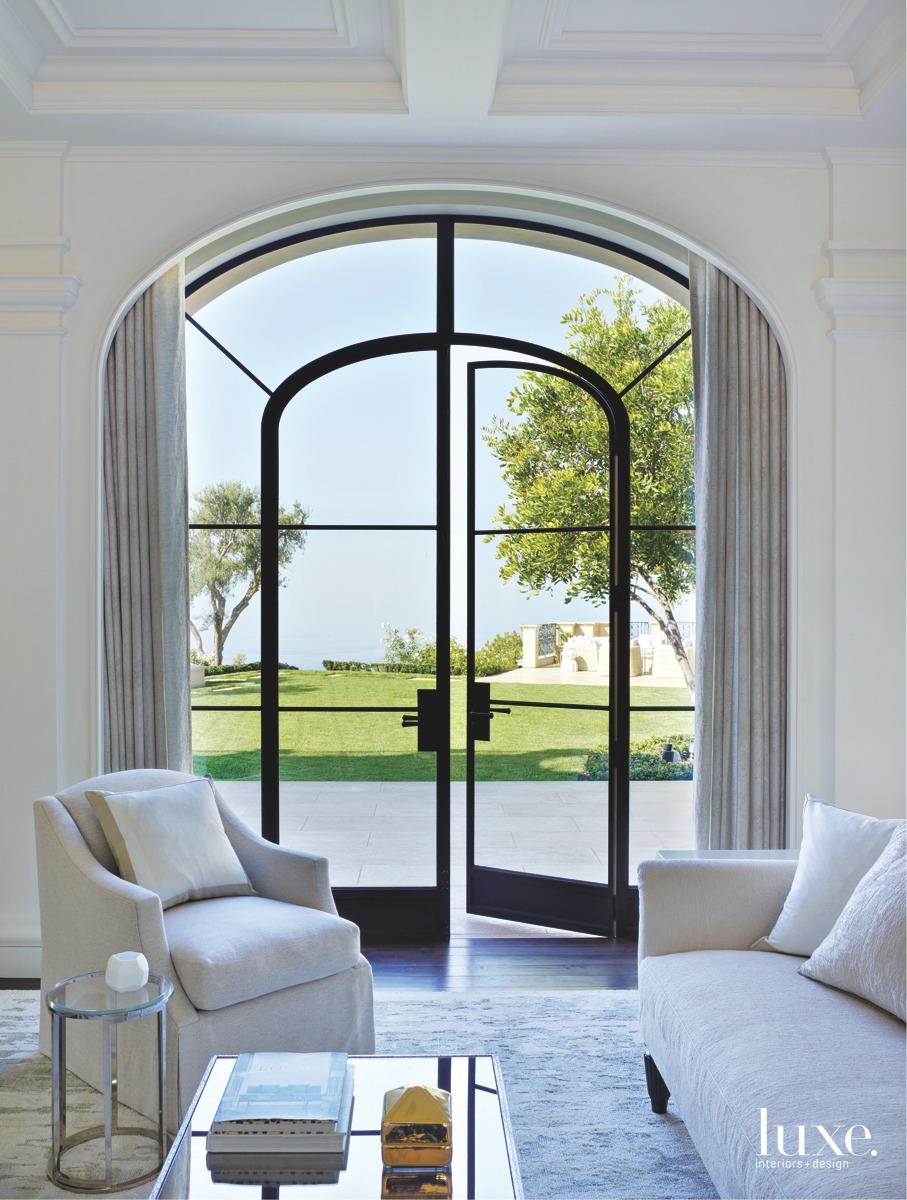mediterranean living room white sofa...