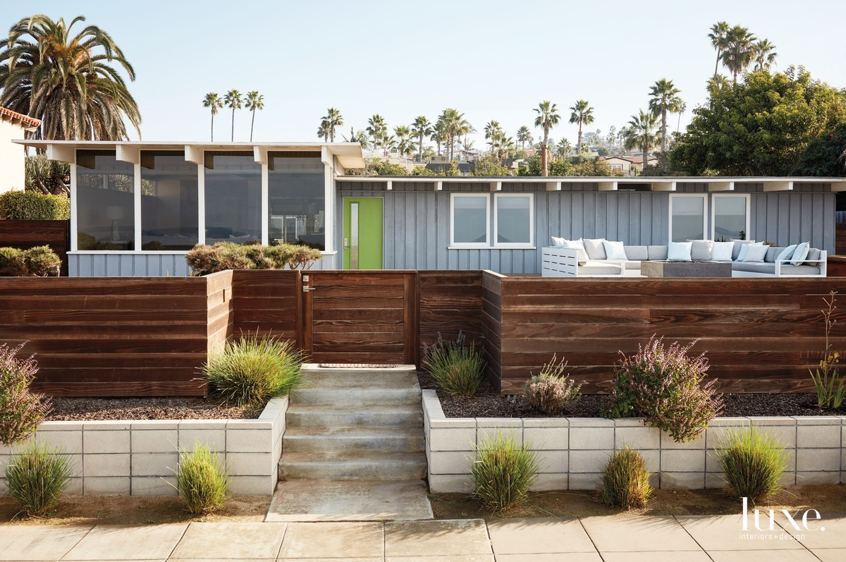 exterior gray and redwood fence