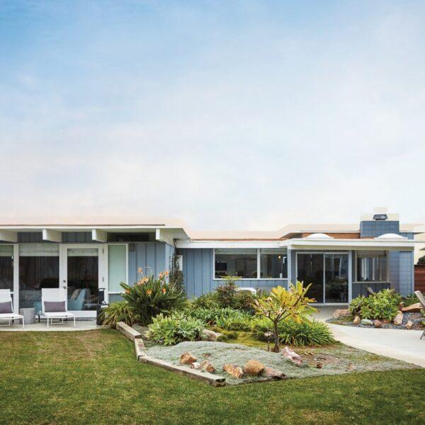 A San Diego Abode Becomes A Beachside Retreat