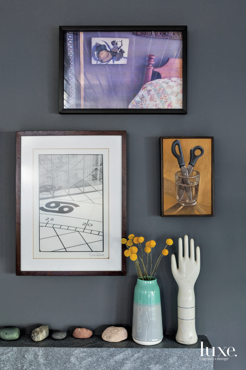 eclectic living room gray wall...
