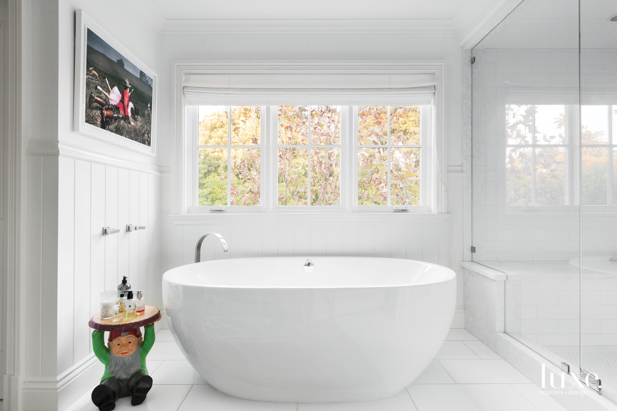 eclectic white bathroom white freestanding...