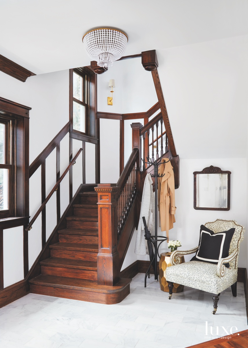 modern foyer brown staircase