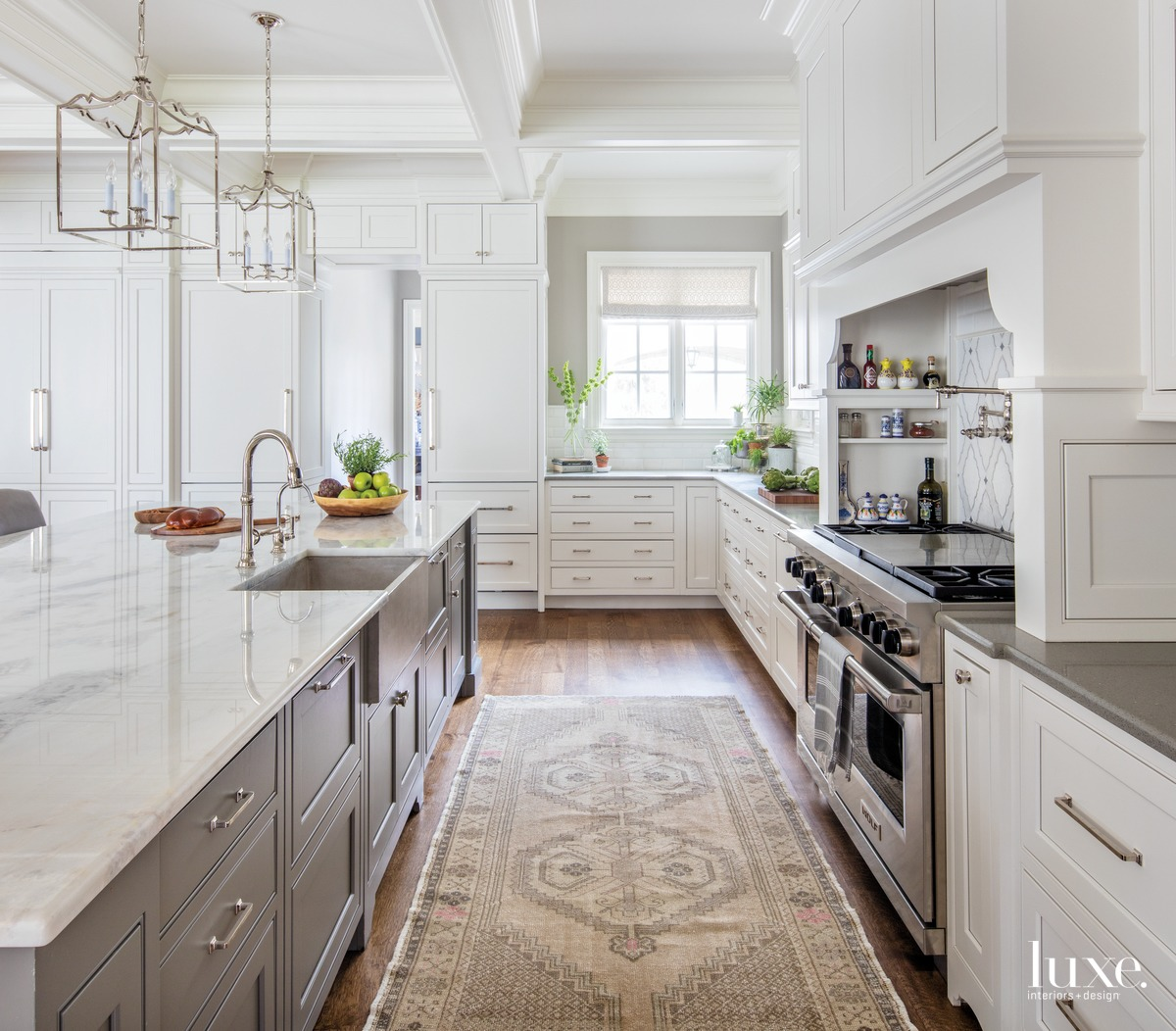traditional white kitchen neutral rug...