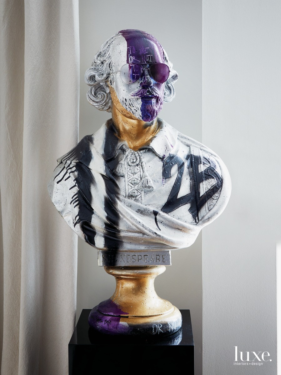 contemporary sculpture Shakespeare bust