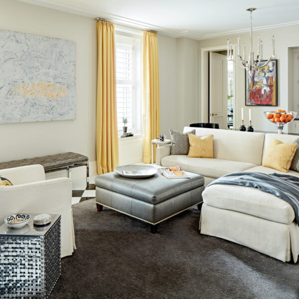 A Chicago Apartment In An Art Deco Building Goes Glam