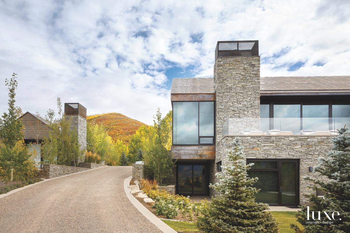 contemporary exterior driveway