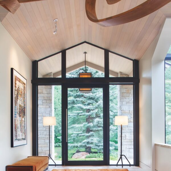 An Aspen Getaway Sports A Clean, Contemporary Look