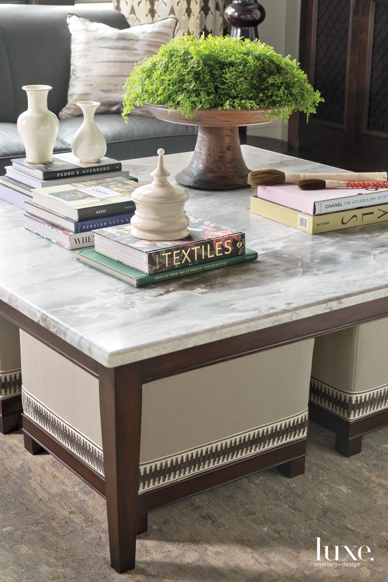 traditional great room coffee table