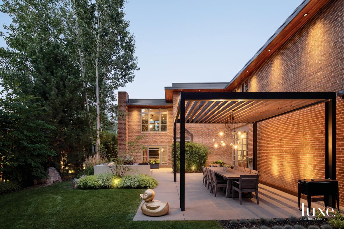 contemporary exterior dining area