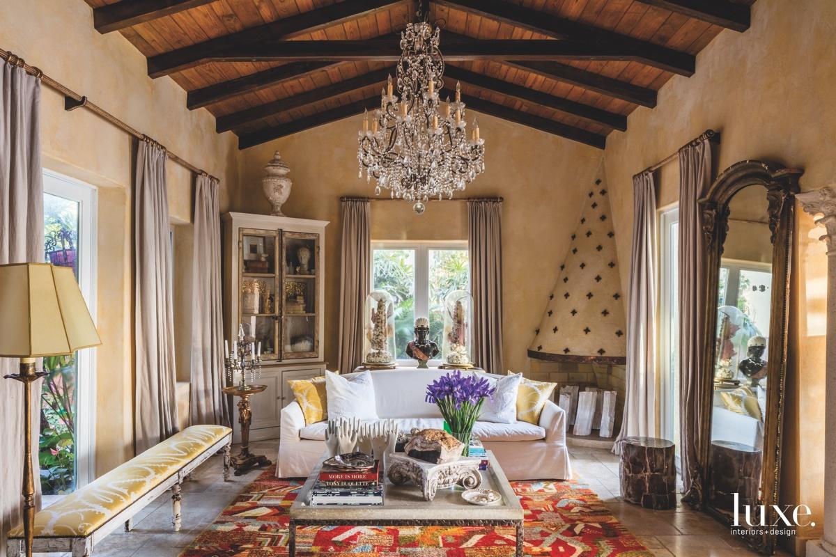 mediterranean living room colorful Moroccan...