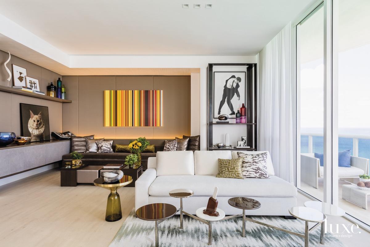modern living room white sofa...