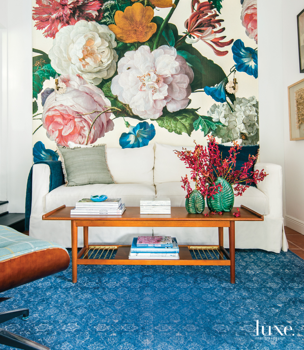 eclectic sitting area multi-color