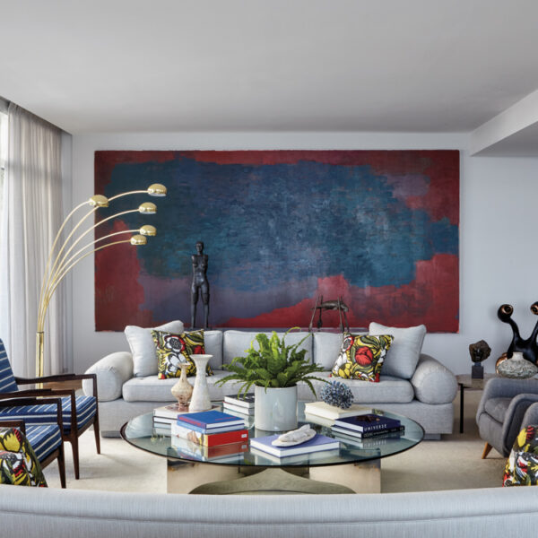 An Art Collection Takes Center Stage In A Sarasota Home