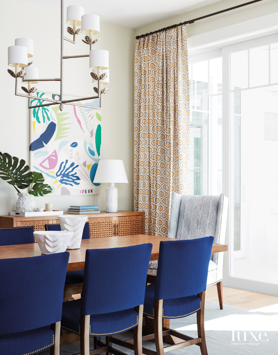 coastal multi-color dining room