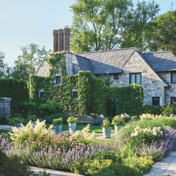A Connecticut Estate Brims With English Touches
