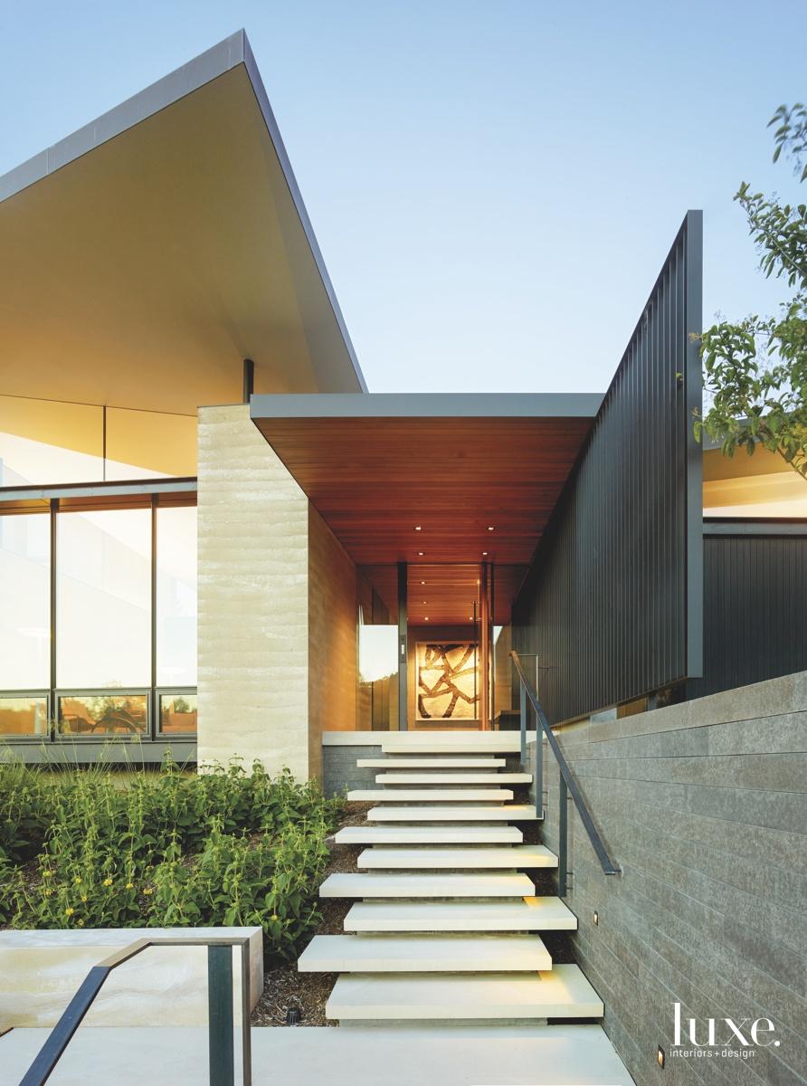 modern exterior entry staircase