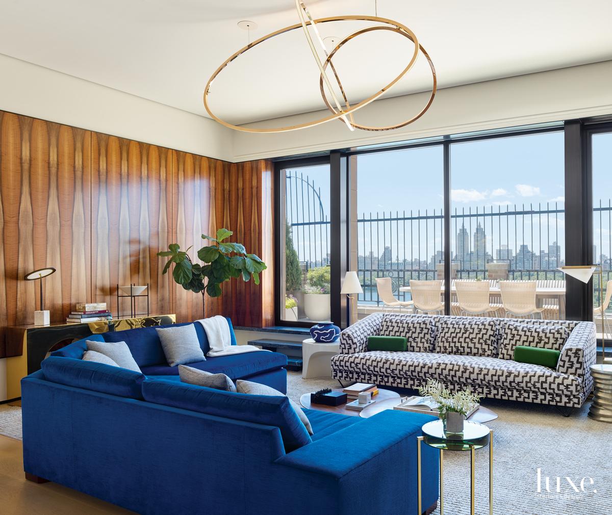 modern family room blue sofa...