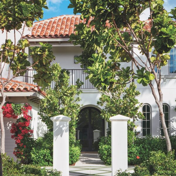 A Palm Beach Villa Is Reborn With Chic, Simplified Style