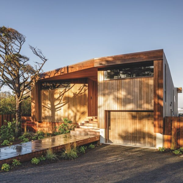 An Oregon Beach House Is All About Clean Lines