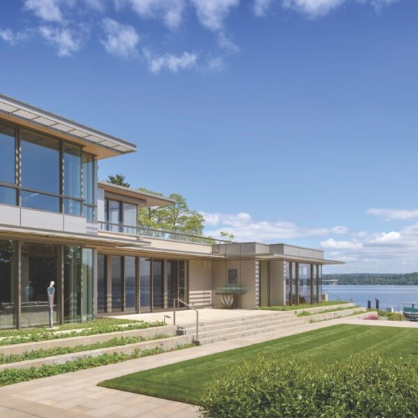 Art Serves As Guiding Force For This Lakeside Home