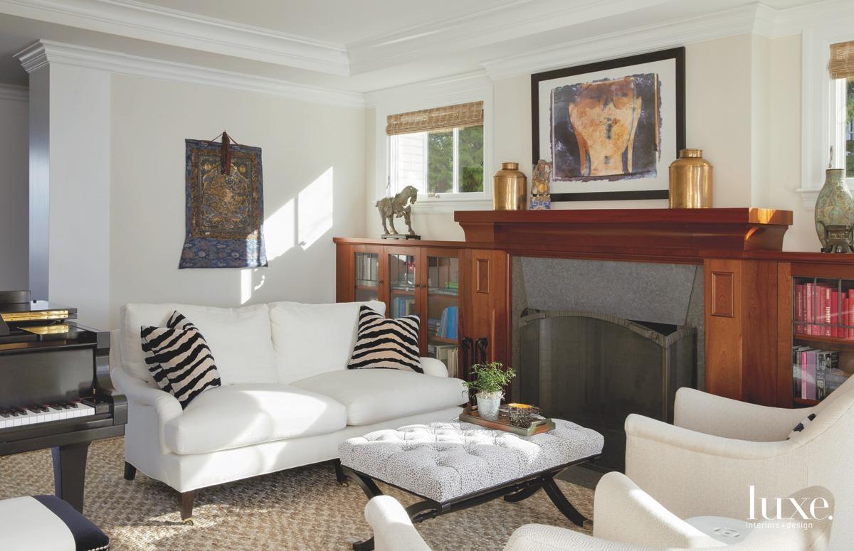 traditional living room white sofa...
