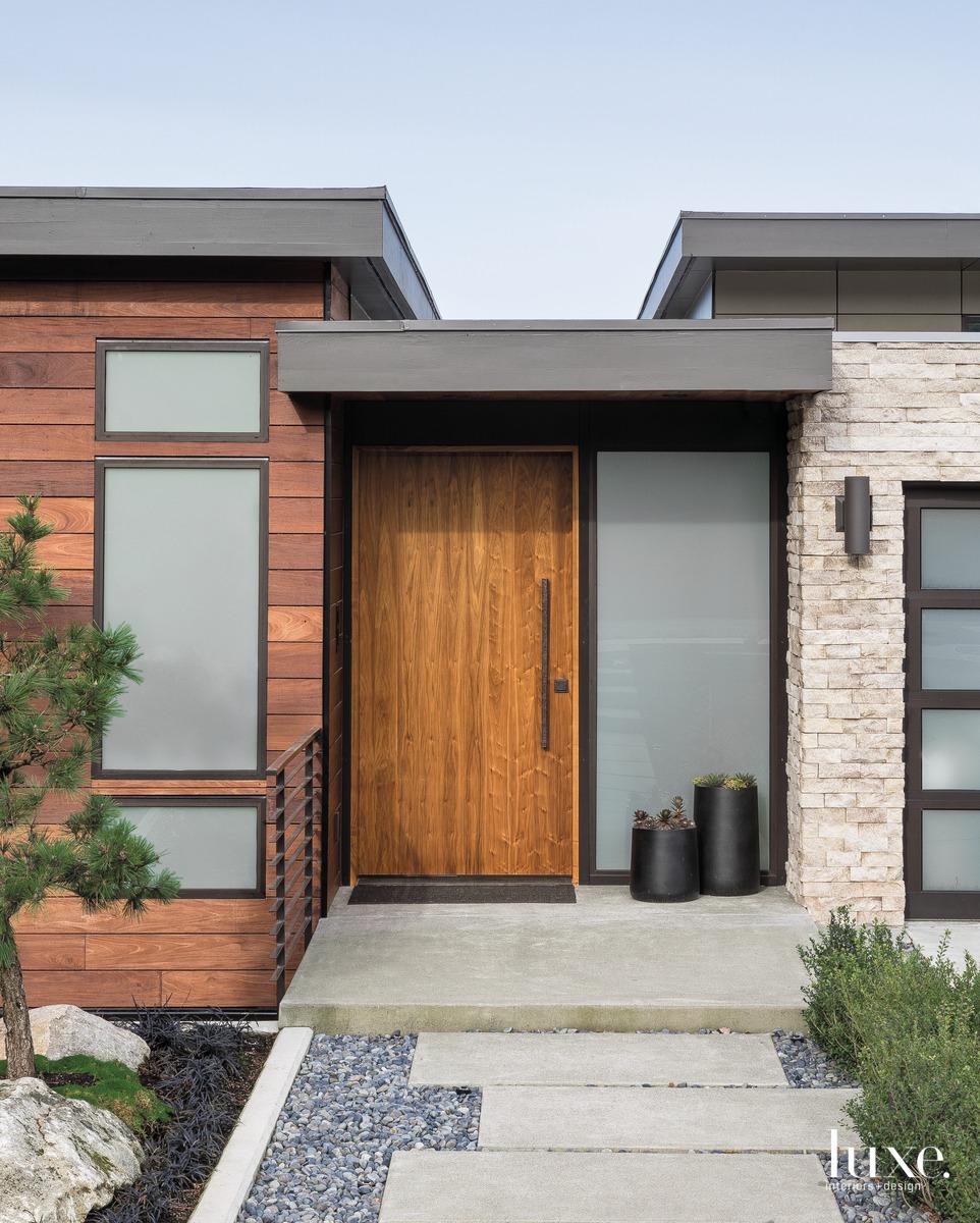 mid-century modern exterior