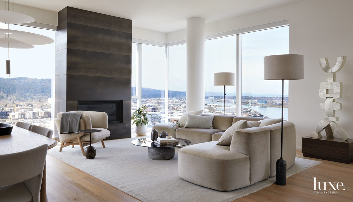 A Portland Penthouse Is Reimagined With Warm Neutrals {A Portland Penthouse Is Reimagined With Warm Neutrals} – English