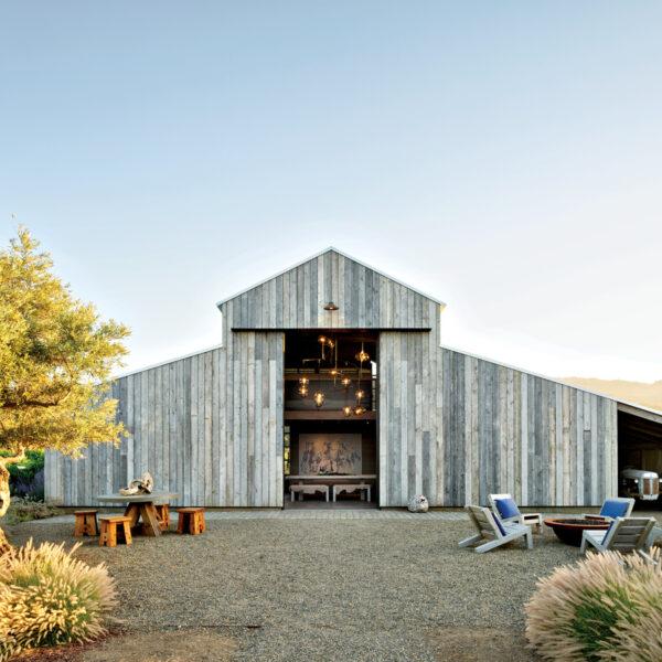 A Modern Napa Farmhouse Beckons Friends To Gather
