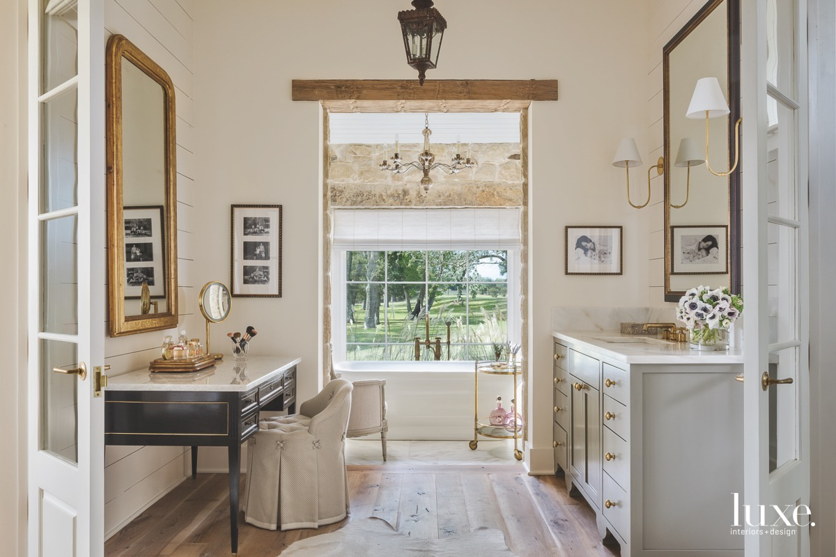 farmhouse bathroom neutral chandelier