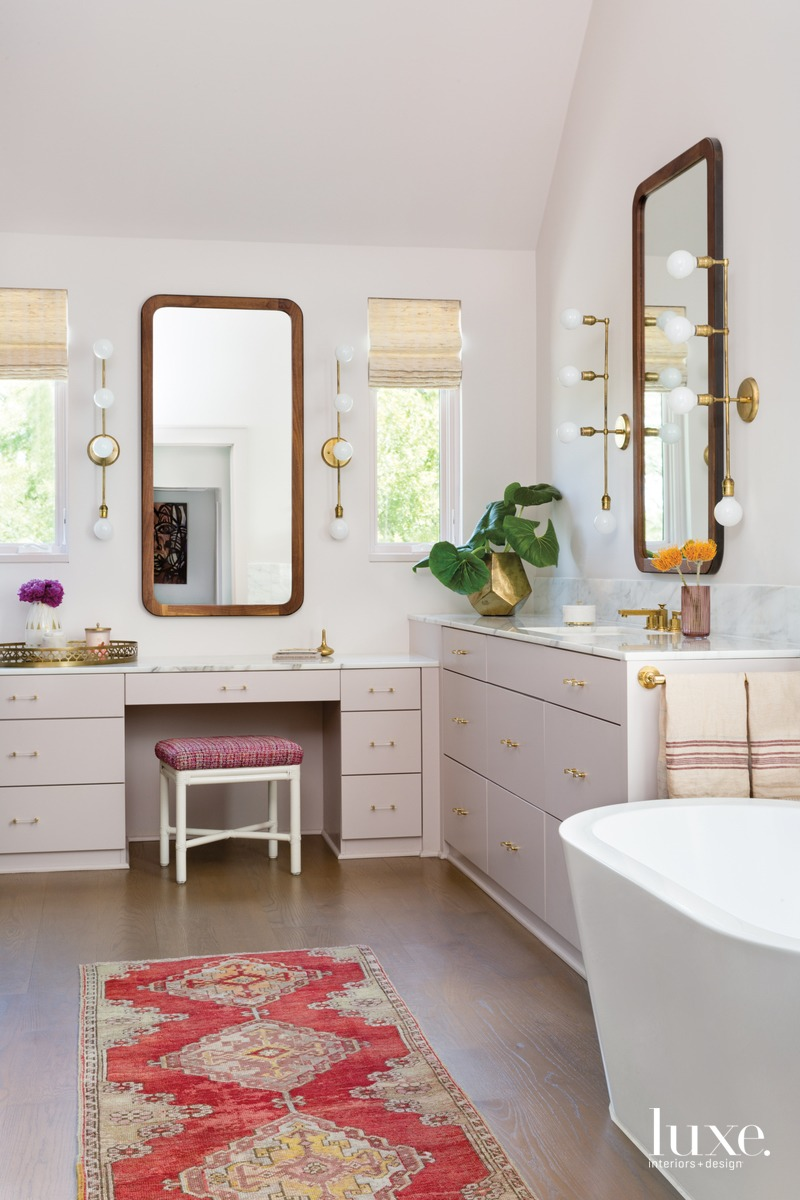 eclectic bathroom white freestanding tub...