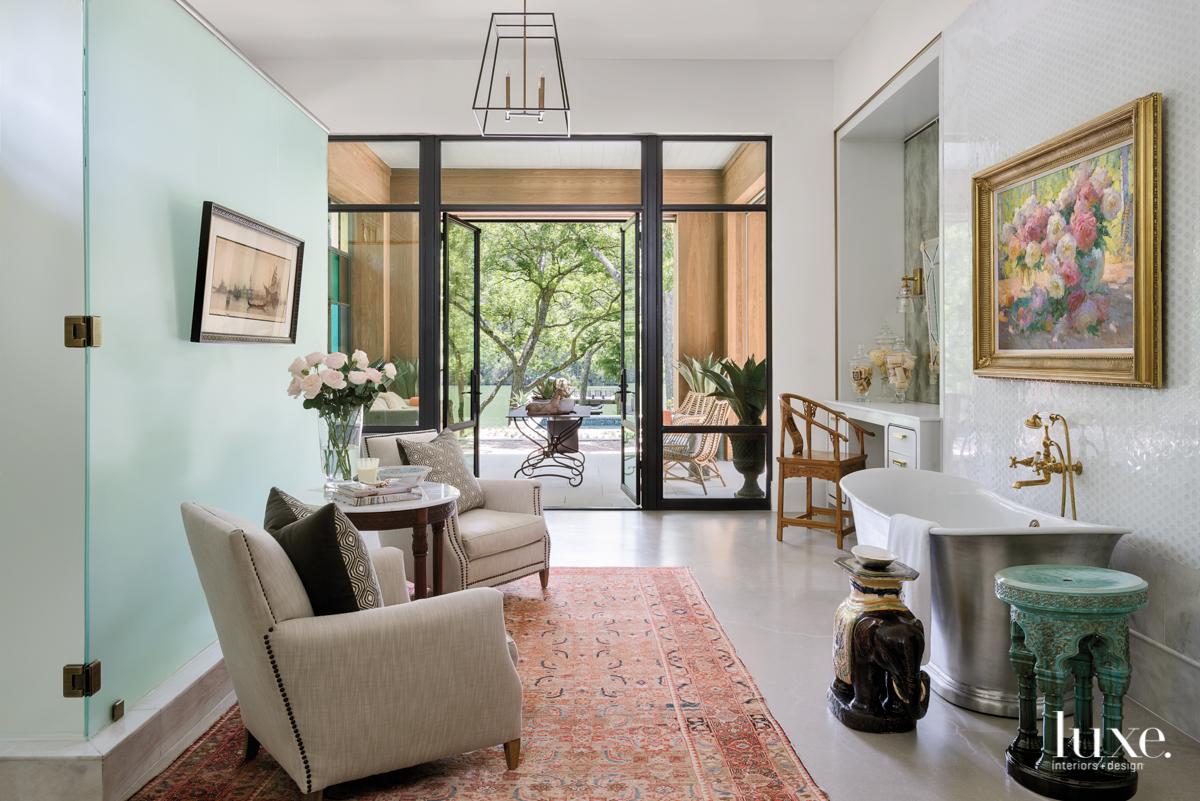 eclectic bathroom sitting area