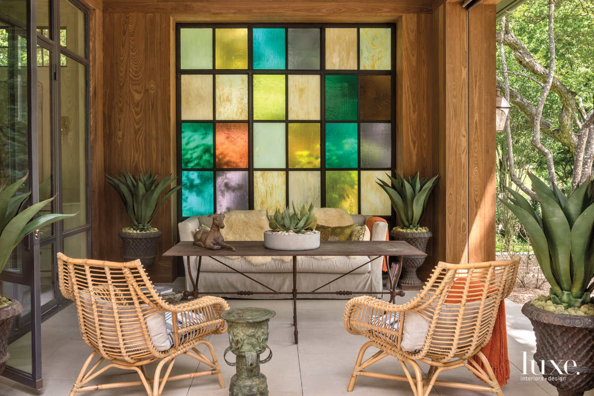 eclectic outdoor sitting area