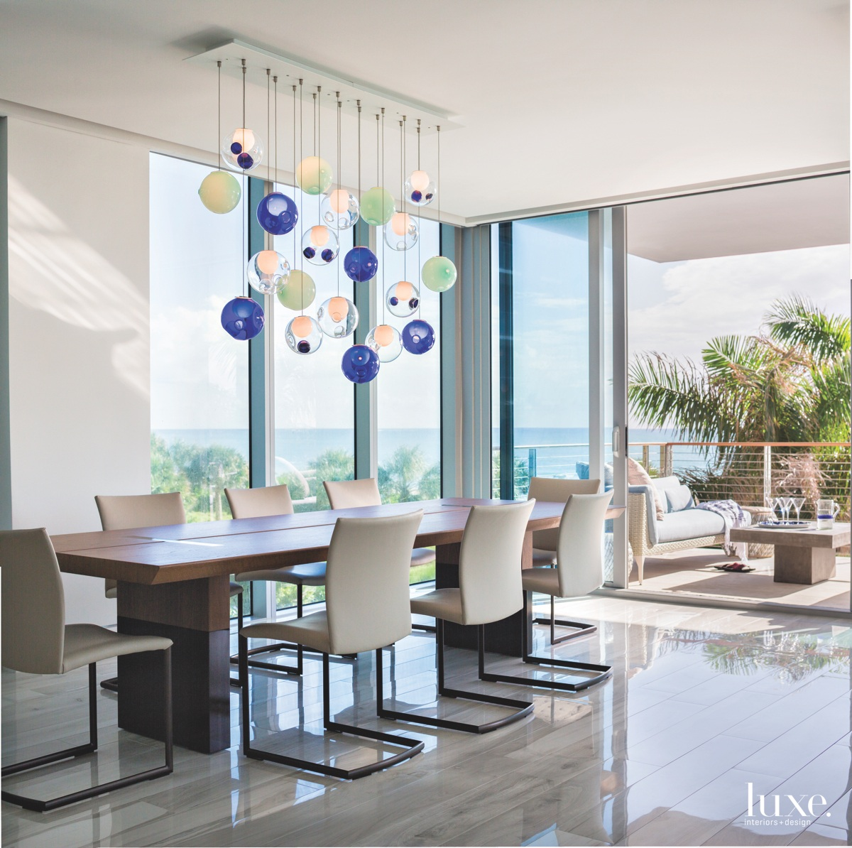 modern dining room blown-glass pendant...