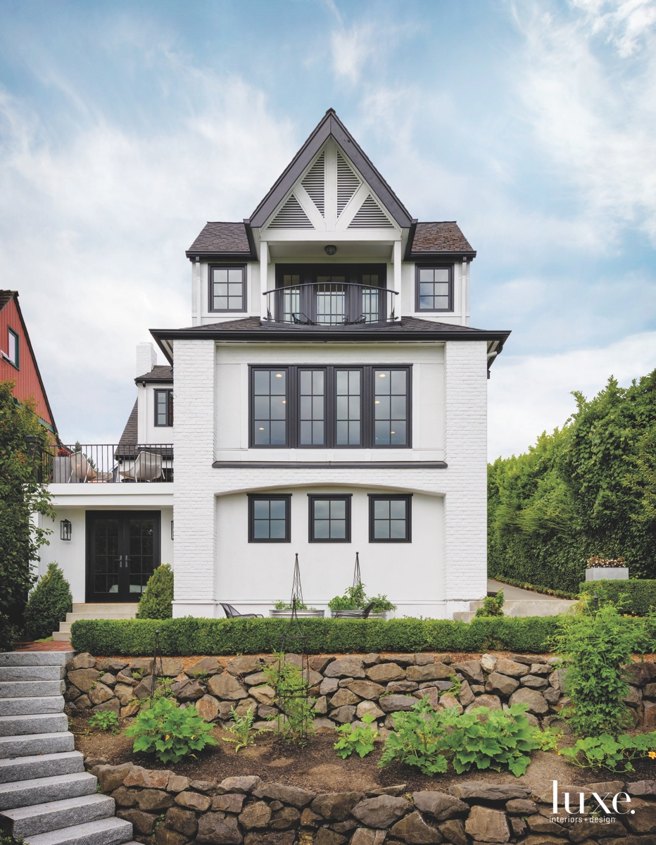A Seattle Tudor Receives A...