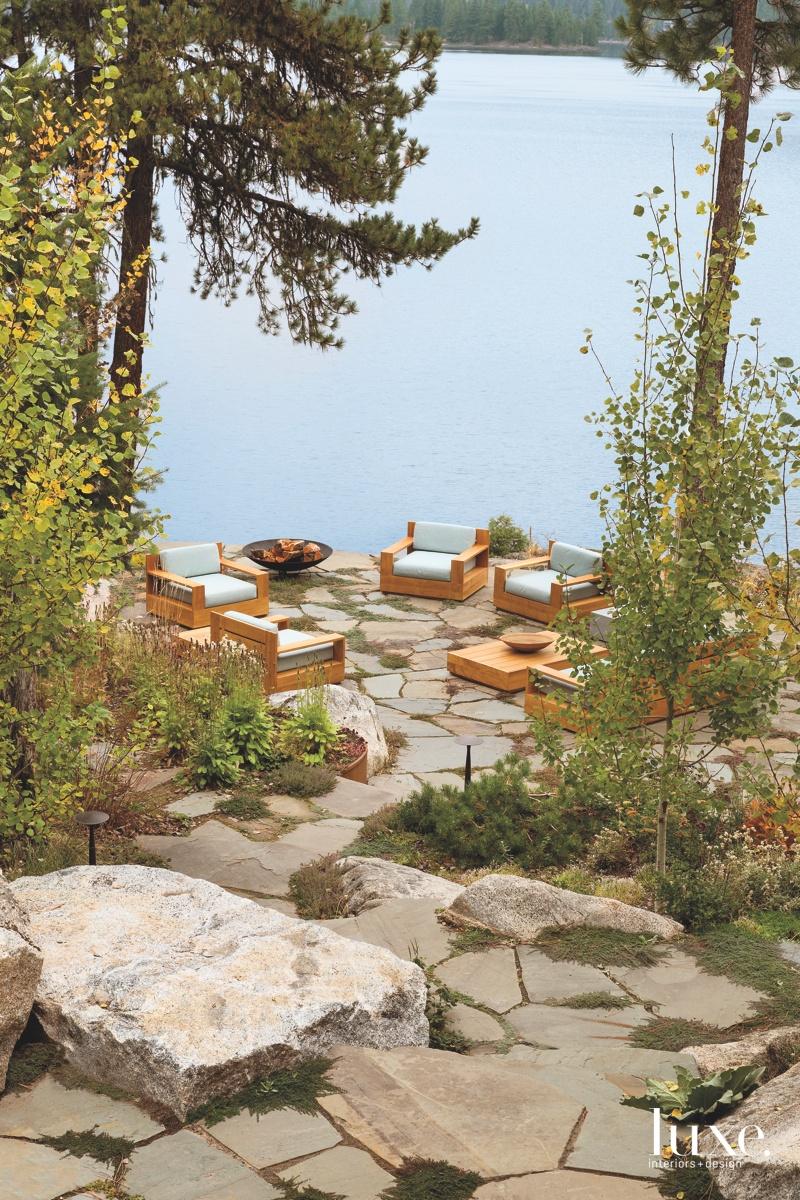 outdoor sitting area landscape