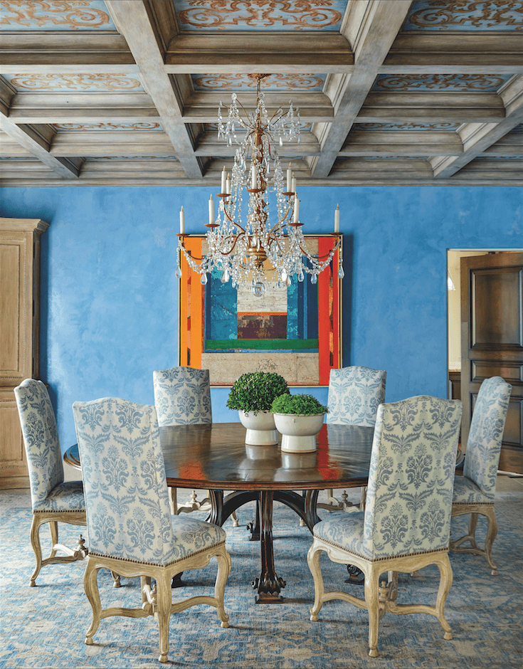 traditional dining room blue wall...