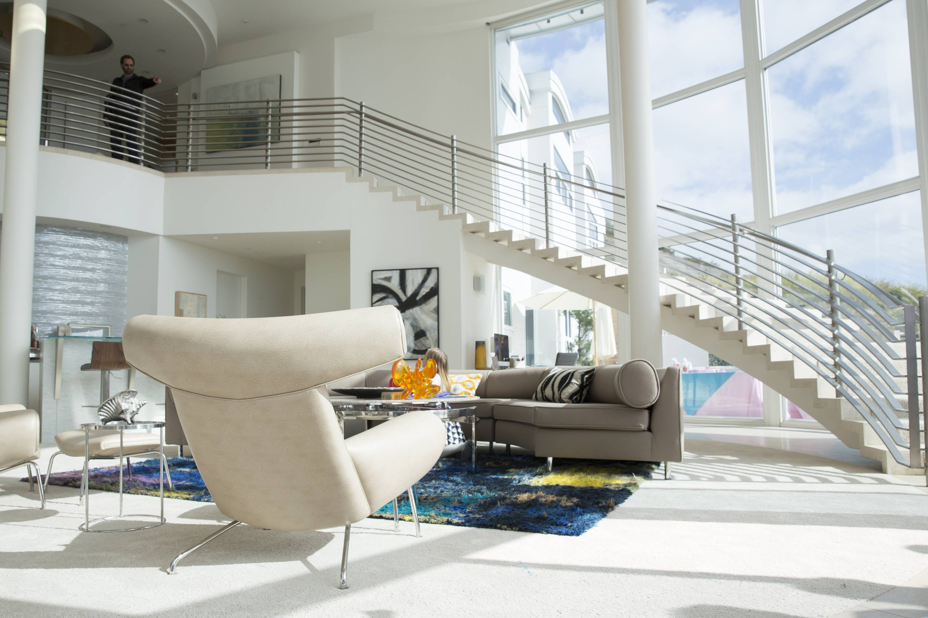 Walk Into The TV Through The 2017 Emmy-Nominated Homes