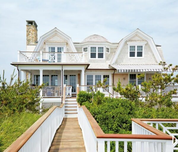 20 Beach-Inspired Homes That Scream Summer